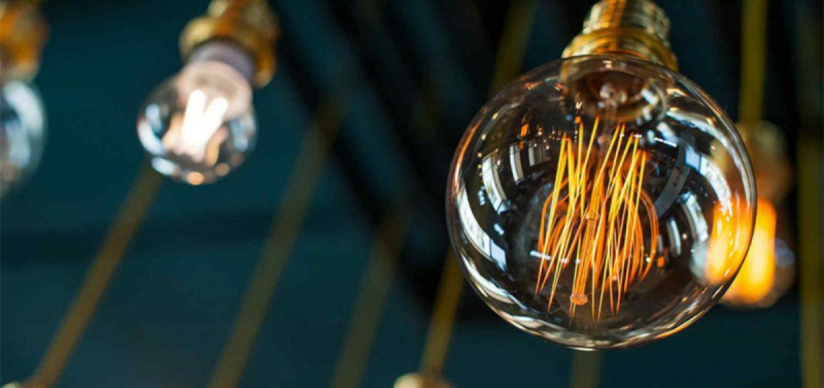 Las bombillas de filamento LED ganan la partida a las bombillas LED tradicionales