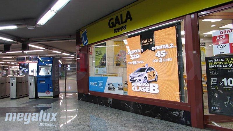 La estación Puerta del Sol de Madrid estrena pantalla LED publicitaria de Megalux