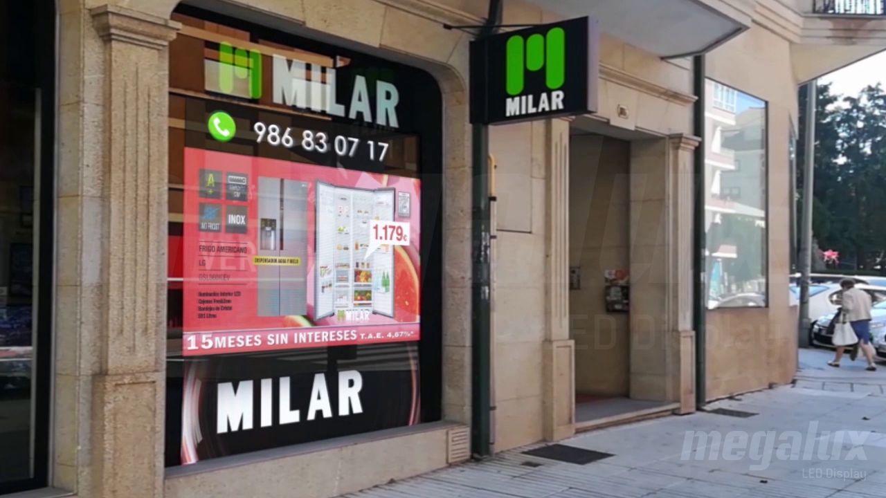 Milar Arosa en Vilagarcía de Arousa se publica con pantalla LED de escaparate Megalux